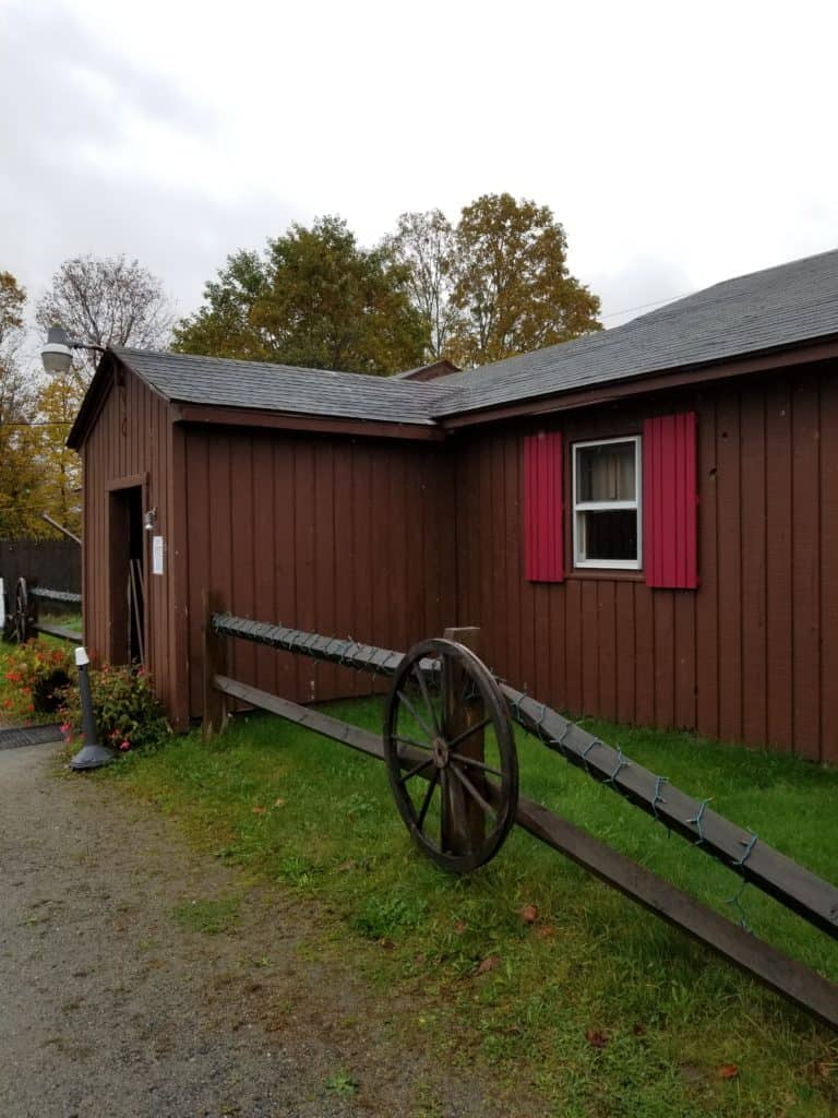 Fall in New England, New Hampshire restaurants, Calamity Jane's