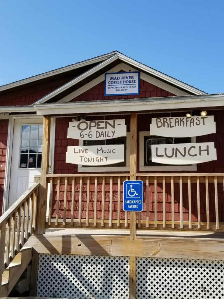 New Hampshire, Restaurants, Campton NH, Mad River Coffee House