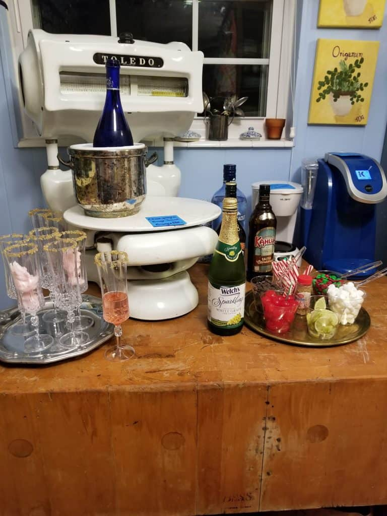 Simple Party Ideas, Party Beverage Bar