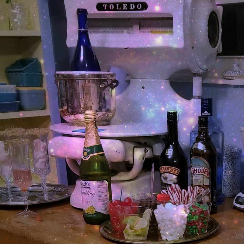 Simple Party Ideas, Beverage Bar